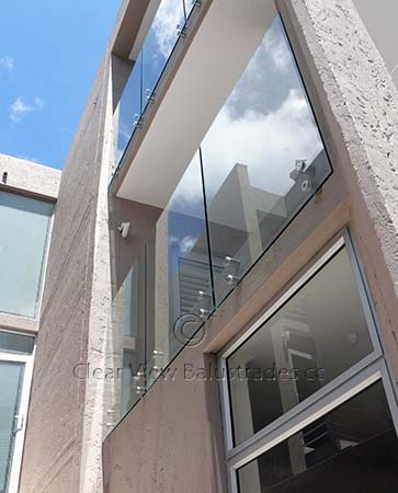 12mm toughened glass balcony